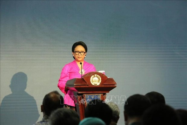 Indonesian FM: ASEAN facing intense challenges hinh anh 1