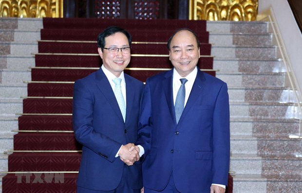 PM commits further support to Samsung Vietnam hinh anh 1