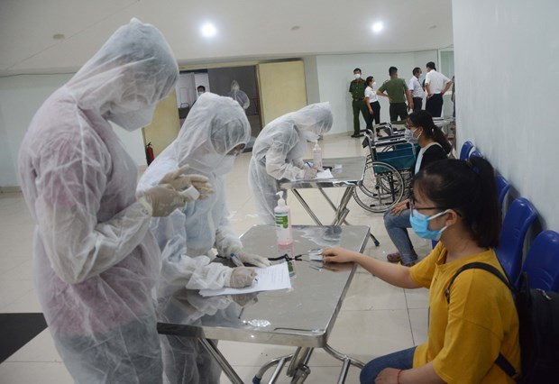 Vietnam reports 15th COVID-19-related death hinh anh 1