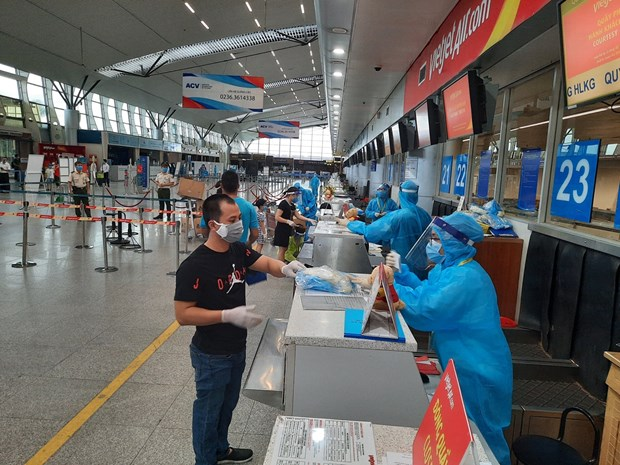 Vietjet to transport more than 800 passengers from pandemic centre Da Nang back home hinh anh 1