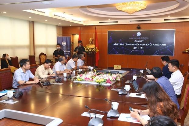 Make-in-Vietnam blockchain platform debuts hinh anh 1