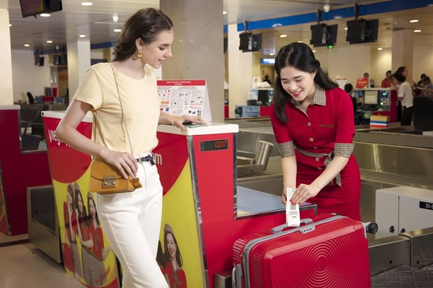 Vietjet offers free checked baggage on all domestic flights hinh anh 1