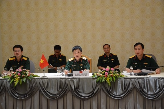 Vietnam, Singapore bolster defence cooperation hinh anh 1