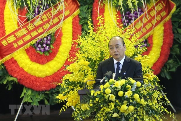 Memorial, burial services held for former Party General Secretary Le Kha Phieu hinh anh 2