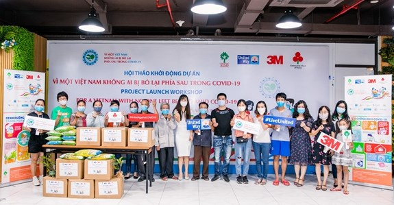 """""""For a Vietnam with no one left behind amid COVID-19"""" project launched hinh anh 1"""