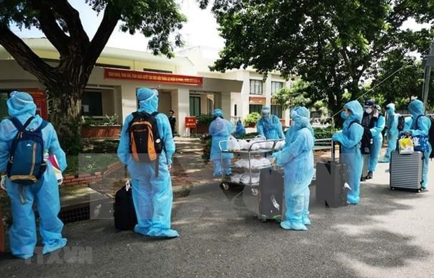 Vietnam reports one new imported case, another COVID-19 death hinh anh 1