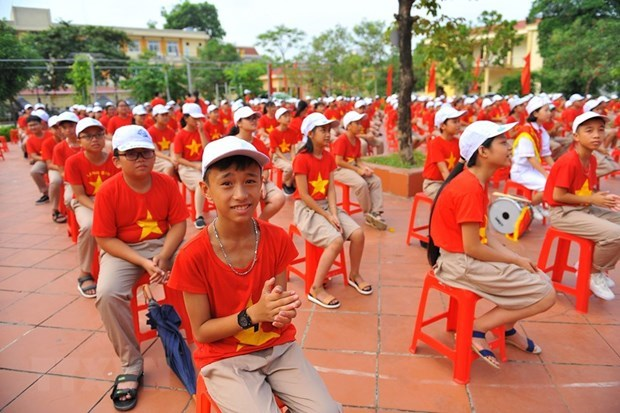 Opening ceremonies for new school year may be held online: Official hinh anh 1