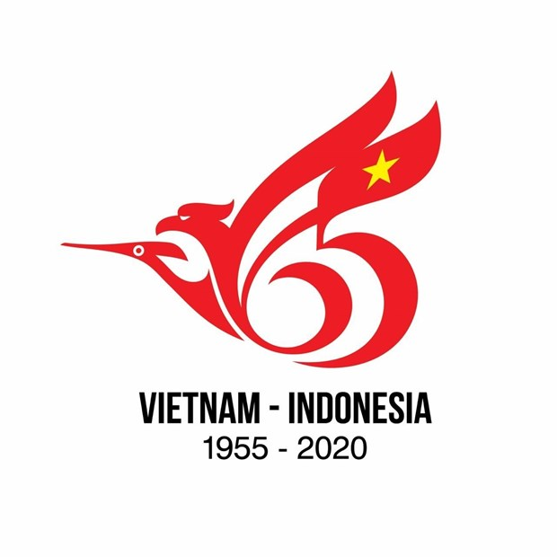 Winners of logo contest marking Vietnam-Indonesia diplomatic ties receive prizes hinh anh 1