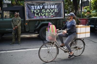 Philippines encourages walking, biking amid COVID-19 lockdown hinh anh 1