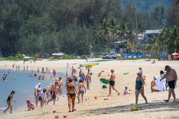 Thailand to allow long-stay tourists in Phuket hinh anh 1