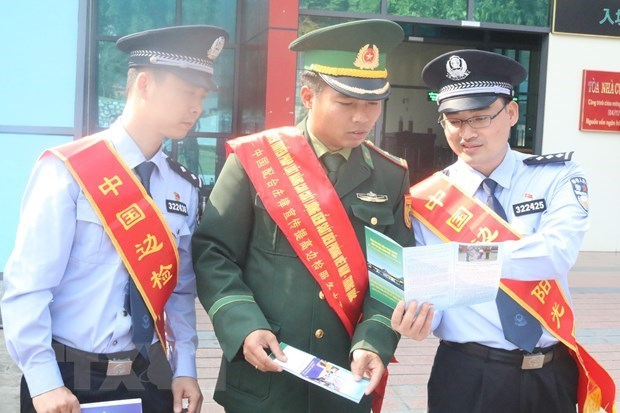 Vietnam, China to hold celebrations for 20th anniversary of land border treaty hinh anh 1