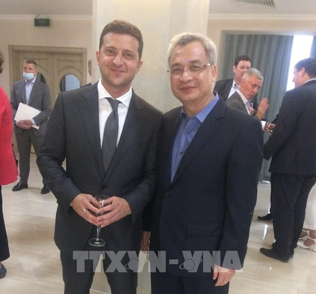 Vietnam treasures ties with Ukraine: Ambassador hinh anh 1