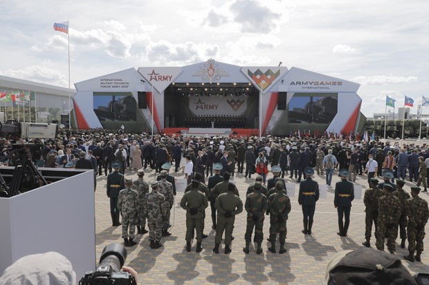 Vietnamese team makes impression at opening of Army Games 2020 hinh anh 3