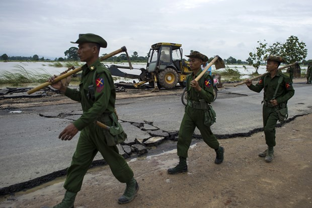 Myanmar military extends suspension of operation against armed groups hinh anh 1
