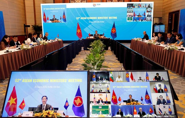 Completing Vietnam's initiatives helps strengthening ASEAN's internal strength: Minister hinh anh 1