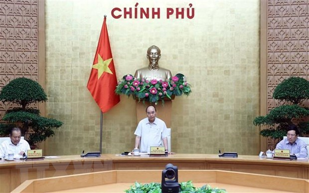 PM orders accelerating visa grant to foreign experts, investors hinh anh 1