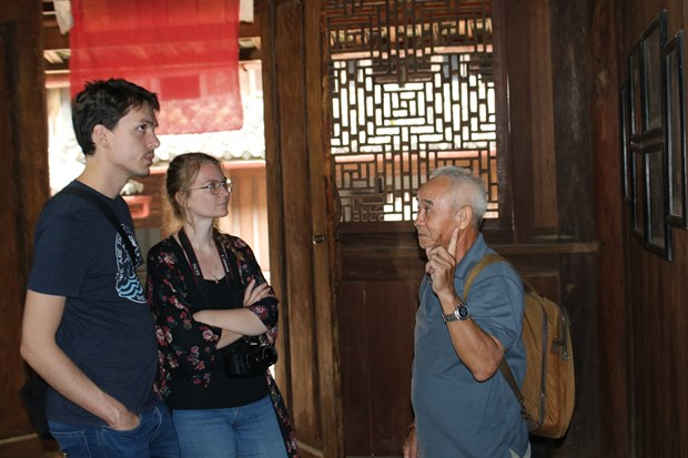 Foreign tourists to Vietnam down 66.6 percent in eight months hinh anh 1