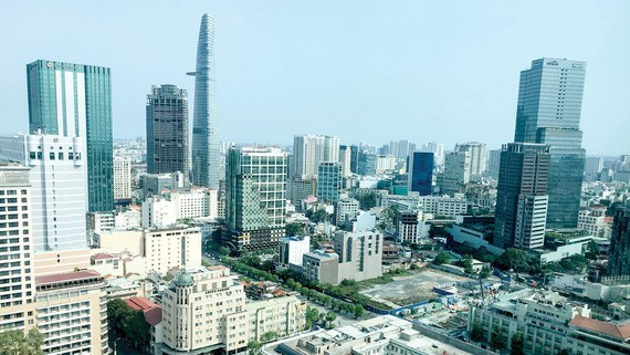 HCM City office market begins to feel COVID-19 impact hinh anh 1
