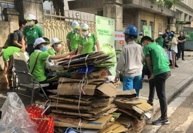 Communities may be granted power to monitor environmental protection activities hinh anh 1