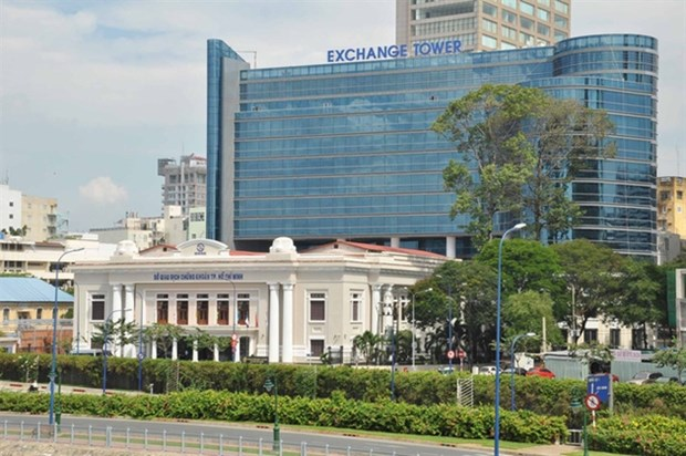 Stock exchange's profit up in first half hinh anh 1