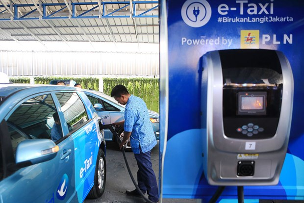 Indonesia needs 31,000 charging stations by 2030 hinh anh 1