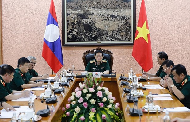 Vietnam, Laos seek to further boost defence cooperation hinh anh 1