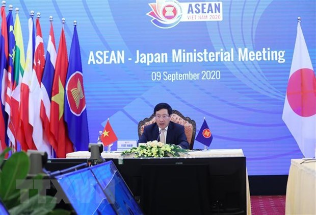 ASEAN steps up cooperation with China, Japan, RoK hinh anh 3
