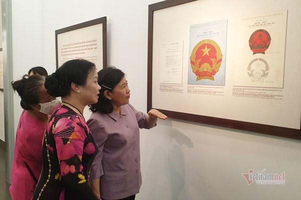 Vietnam's National Emblem: navigating path to represent soul of nation hinh anh 1