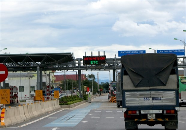 Officials discuss automatic toll collection systems hinh anh 1