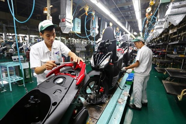Honda Vietnam's motorbike sales down, auto sales up in August hinh anh 1