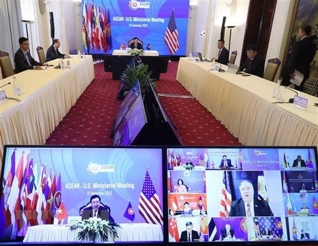 Cambodia reiterates commitment to further boost ties between ASEAN and partners hinh anh 1