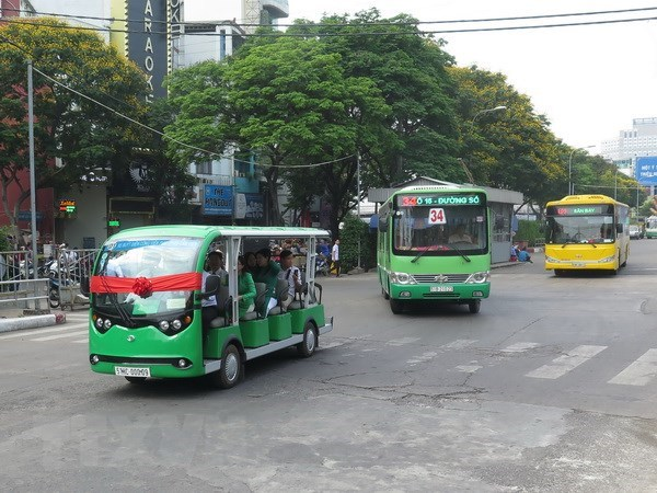 HCM City to improve bus services, increase ridership hinh anh 1
