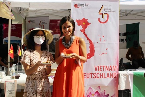 Vietnam's image popularised at multicultural festival in Germany hinh anh 1