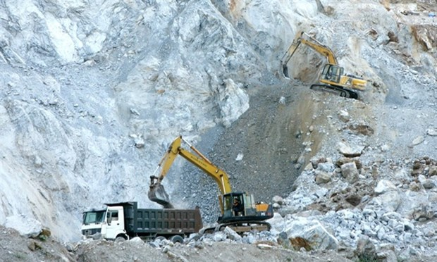 Mining industry unable to enjoy tax incentives hinh anh 1