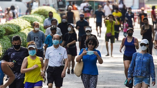 ADB: Thailand's economy to shrink by 8 percent in 2020 hinh anh 1
