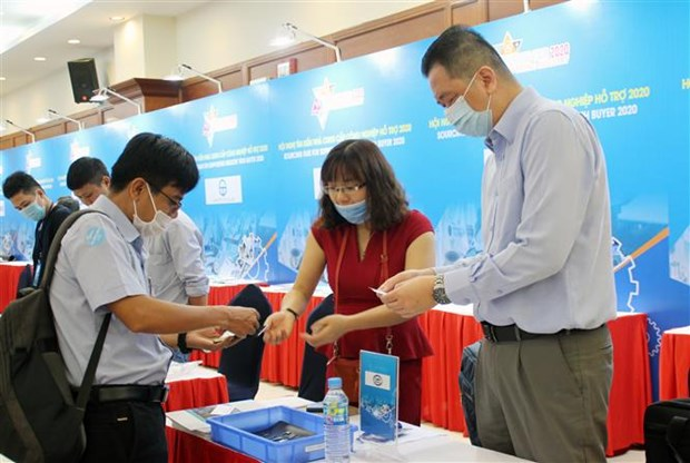 Fair seeks ways to help supporting industry firms join global supply chains hinh anh 1