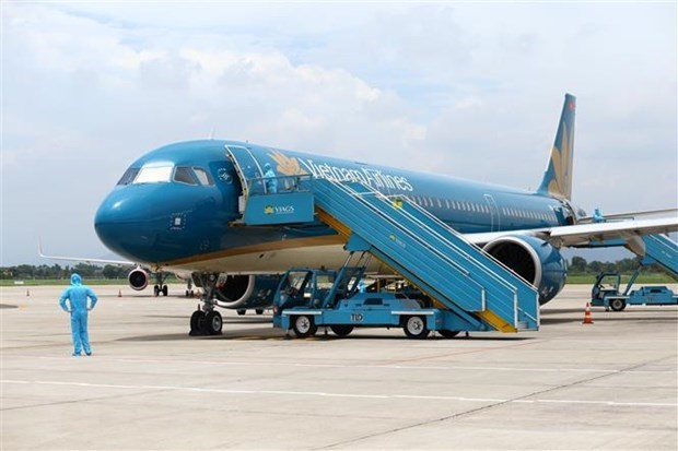 Vietnam Airlines conducts first routine international flight since pandemic hinh anh 1