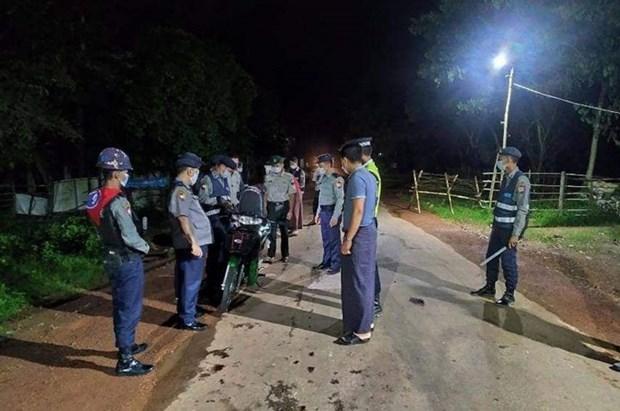 Myanmar: Over 400 pandemic curfew violators arrested in a week hinh anh 1