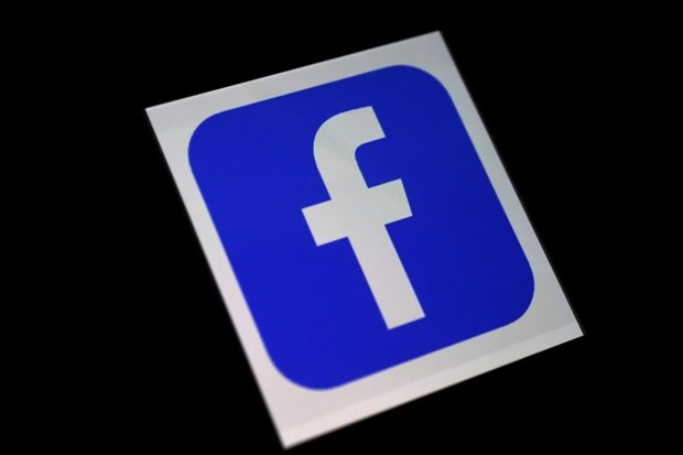 Philippine military to review troop accounts after Facebook purge hinh anh 1
