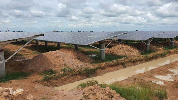 Cambodia: new solar power plant put into operation hinh anh 1
