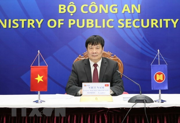 Vietnam playing active role in ASEAN transnational crime combat: officer hinh anh 1