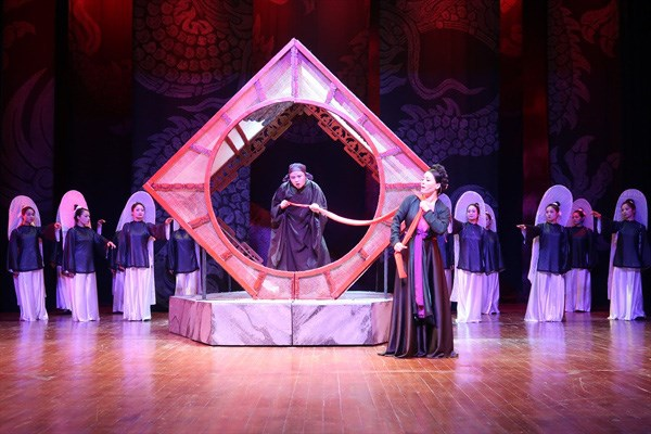 Legendary love story to open 4th Hanoi Theatre Festival hinh anh 1