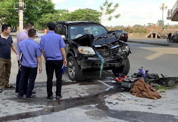 Traffic accidents claim over 4,870 lives so far this year hinh anh 1