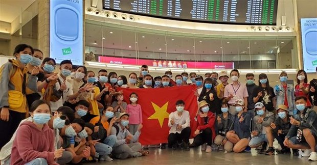 Vietnamese citizens brought home safely from over 30 countries hinh anh 1