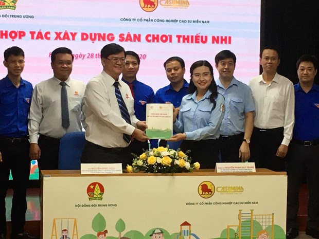 20 localities to get kids' playgrounds hinh anh 1