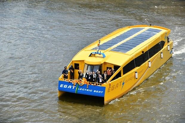 Thailand launches electric motorbike taxis, boats hinh anh 1