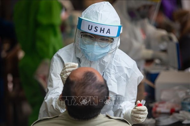 Indonesia, Philippines report over 3,000 COVID-19 cases in single day hinh anh 1
