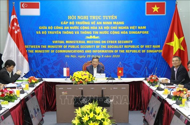 Vietnam, Singapore hold ministerial conference on cyber security hinh anh 1