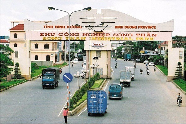 Binh Duong seeks to attract foreign investors hinh anh 1