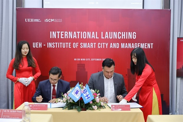 University sets up Institute of Smart Cities and Management hinh anh 1